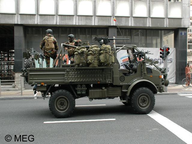 SAS Unimog Para-Commando Recce (Belgium) Walk Around Page 1